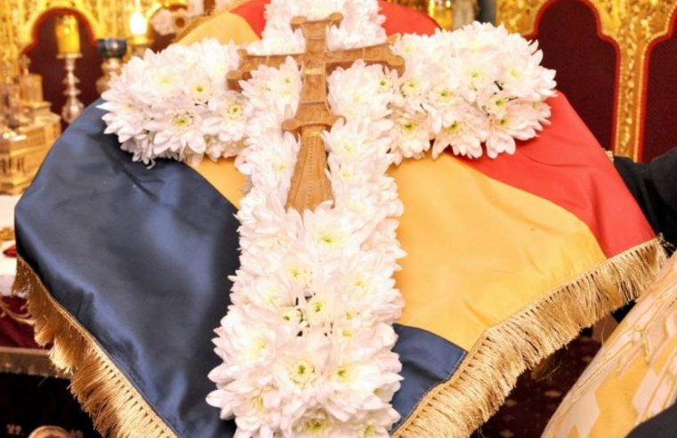 Duminica închinării Sfintei Cruci – 31 martie 2019 | Sfânta Liturghie – 9.30 (Sala Don Bassani)